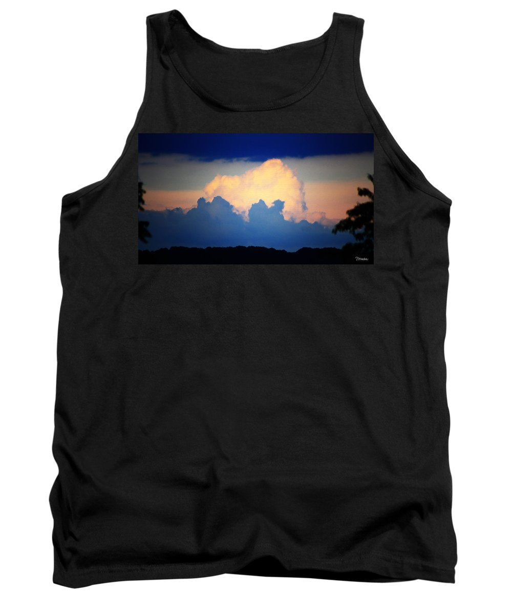 West Tank Top featuring the digital art Storm Approaching Painting by Teresa Mucha