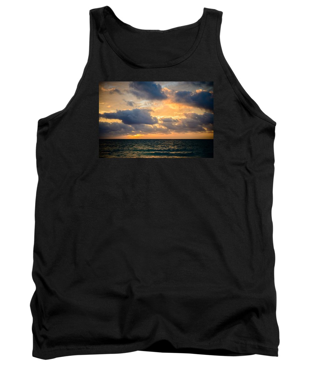 Hawaii Tank Top featuring the photograph The Dark Sea by Michael Scott