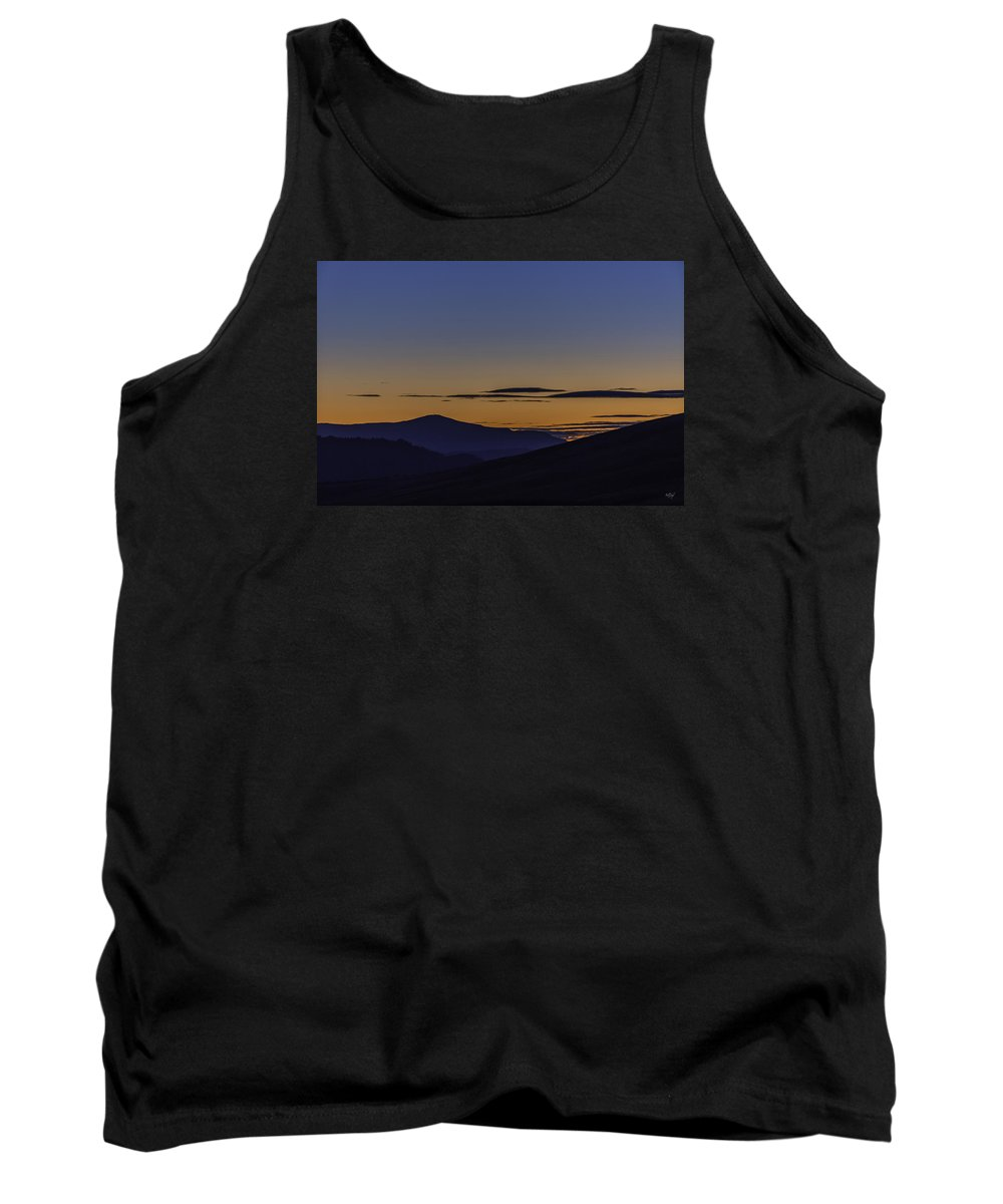 Oregon Tank Top featuring the photograph Transitions by Everet Regal