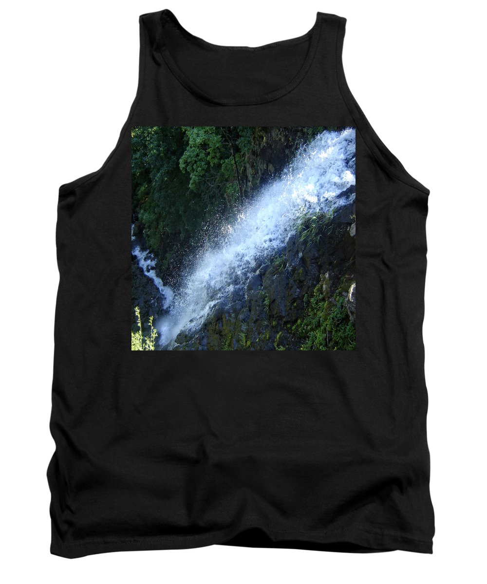 Columbia Gorge Tank Top featuring the photograph Wah Gwin Gwin Falls 2 by Ingrid Smith-Johnsen