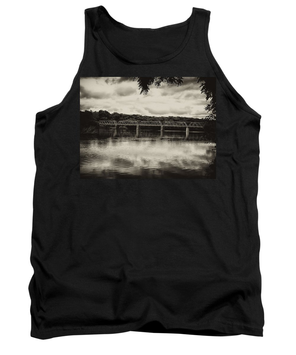 Washingtons Crossing Tank Top featuring the photograph Washingtons Crossing Bridge by Bill Cannon
