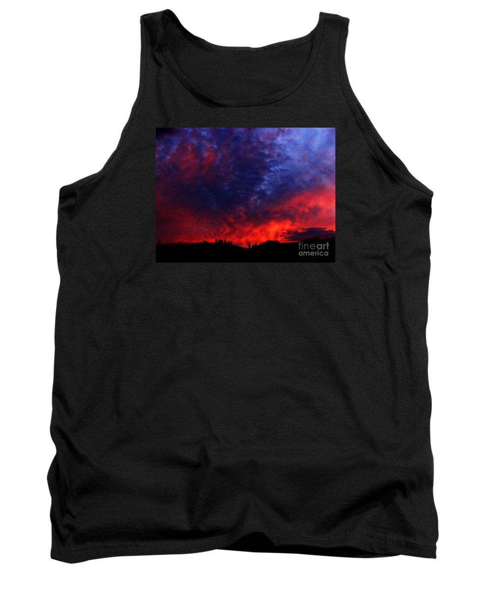 Wyoming Tank Top featuring the photograph Wyoming Sunset On Fire by Ron Tackett