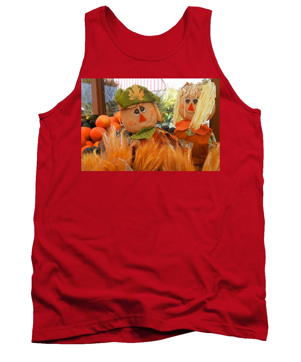 Scarecrow Tank Top featuring the photograph A Match Made In The Corn Field by Lynn Bauer