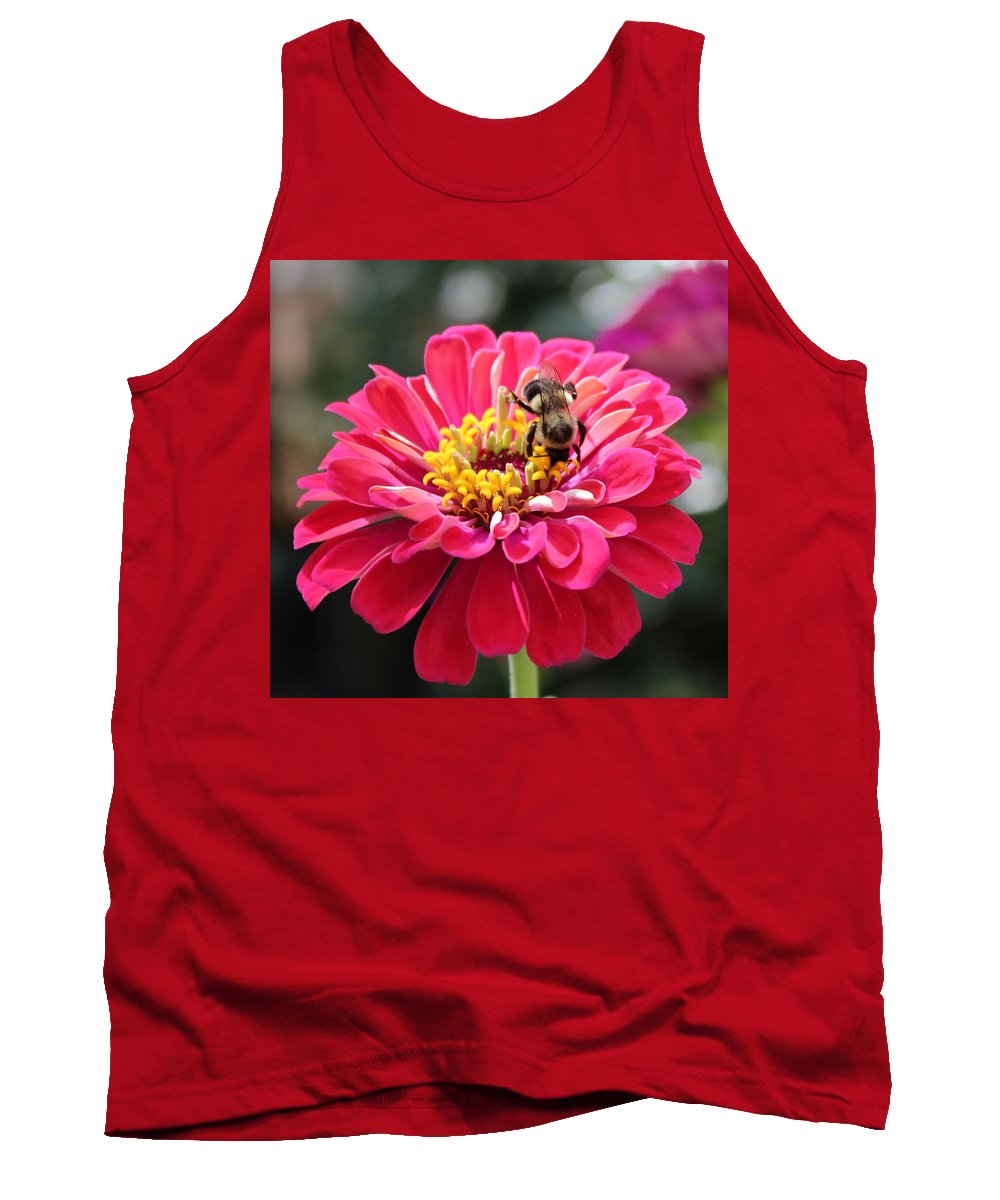 Zinnia Tank Top featuring the photograph Bee On Pink Flower by Cynthia Guinn