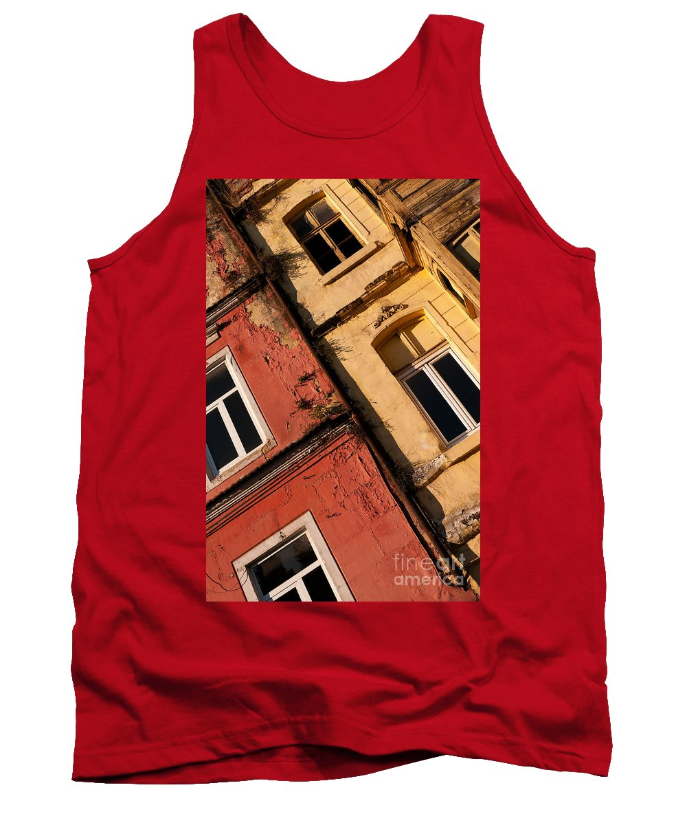 Istanbul Tank Top featuring the photograph Beyoglu Old Houses 03 by Rick Piper Photography