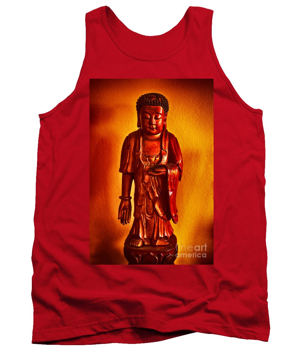 Statue Tank Top featuring the photograph Peaceful Spot by Joe Geraci
