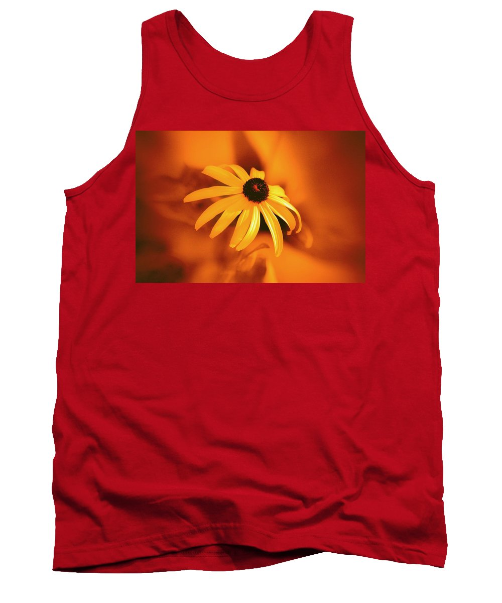 Flower Tank Top featuring the photograph Maryland by Robert Geary