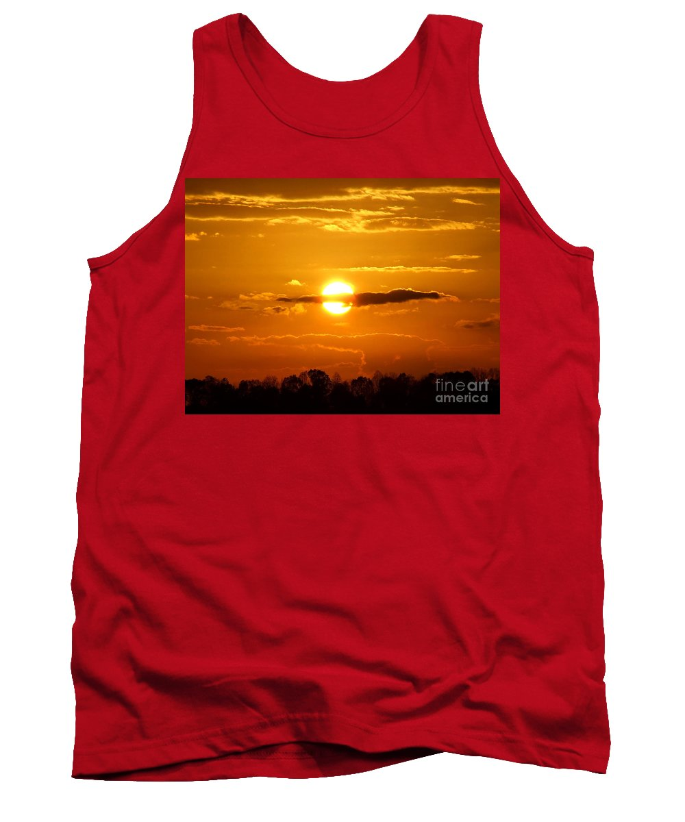 Reid Callaway Sunset And Sunrise Tank Top featuring the photograph What Do You See Sunset by Reid Callaway