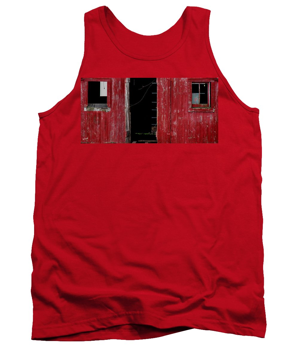 Blood Shot Eyes Tank Top featuring the photograph Blood Shot Eyes by Ed Smith