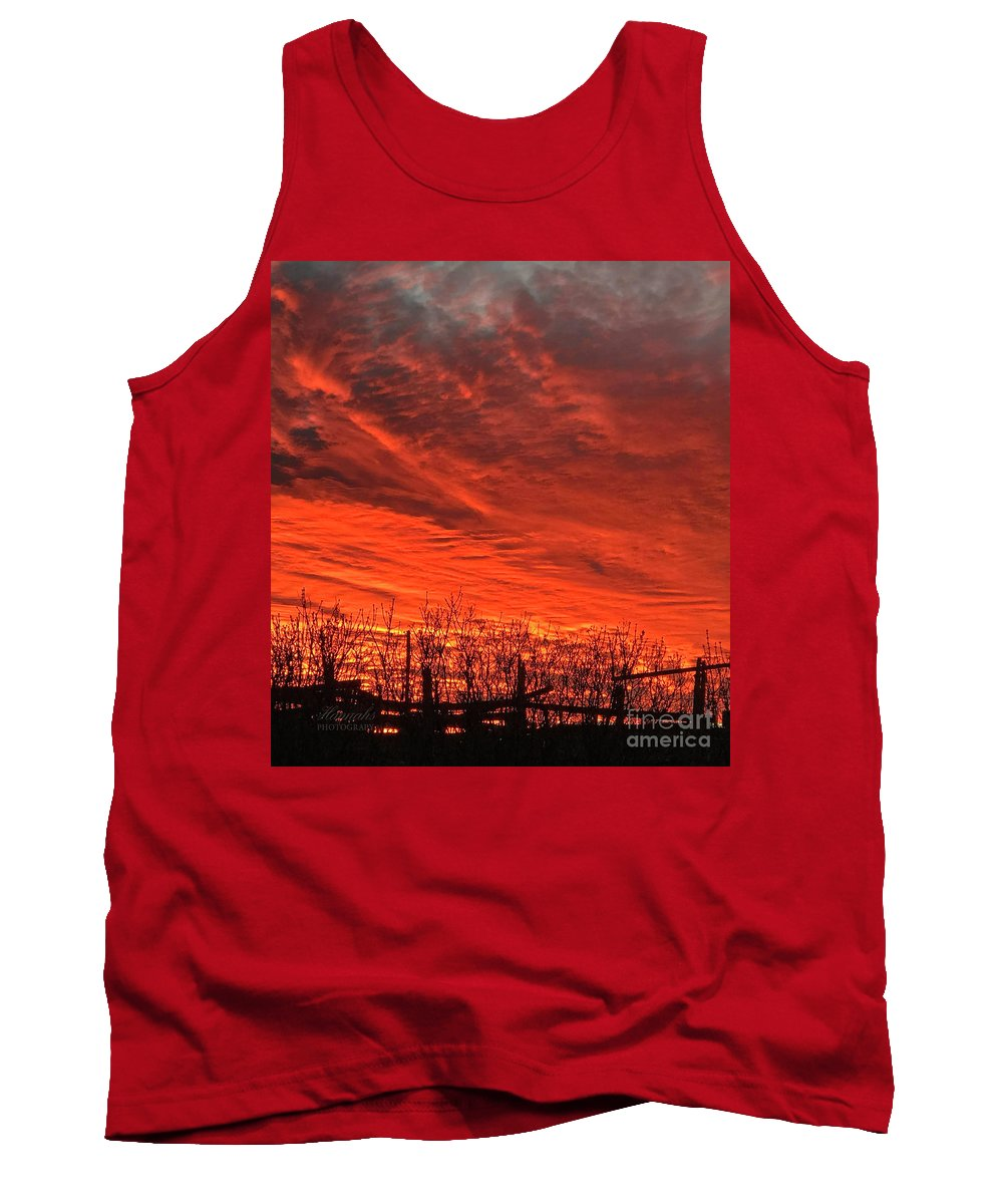Landscape Tank Top featuring the photograph Corral Sunset by Stacy Hannahs