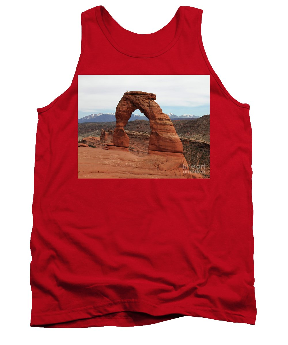 Delicate Arch Arches National Park Usa Sandstone Nature Tank Top featuring the photograph Delicate Arch by Daniel Klein
