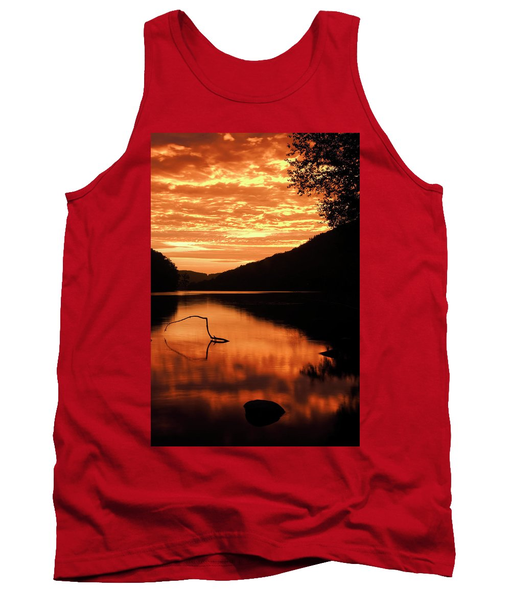 Sunrise Tank Top featuring the photograph Take Warning by Tony Beaver