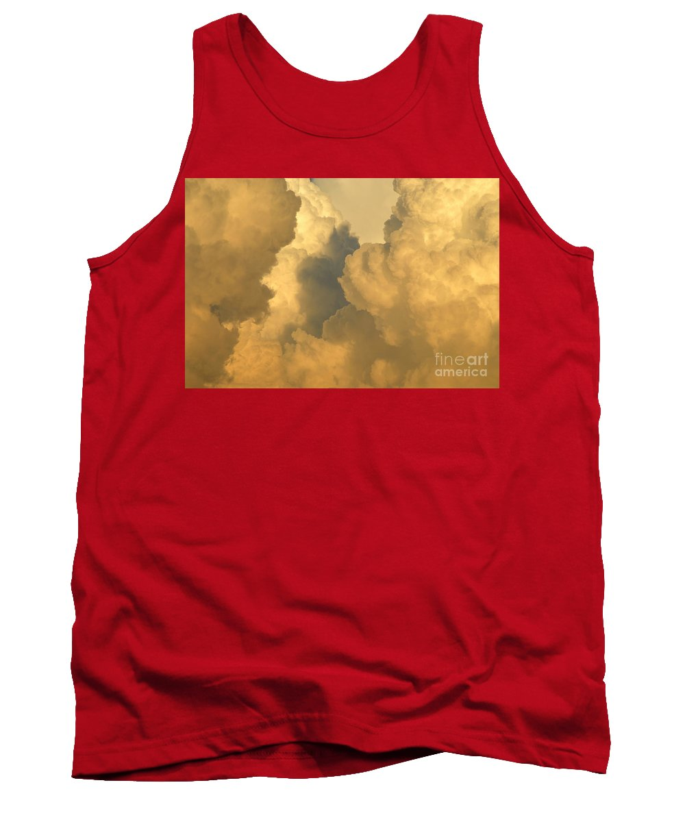 Clouds Tank Top featuring the photograph Thunder Heads by David Lee Thompson