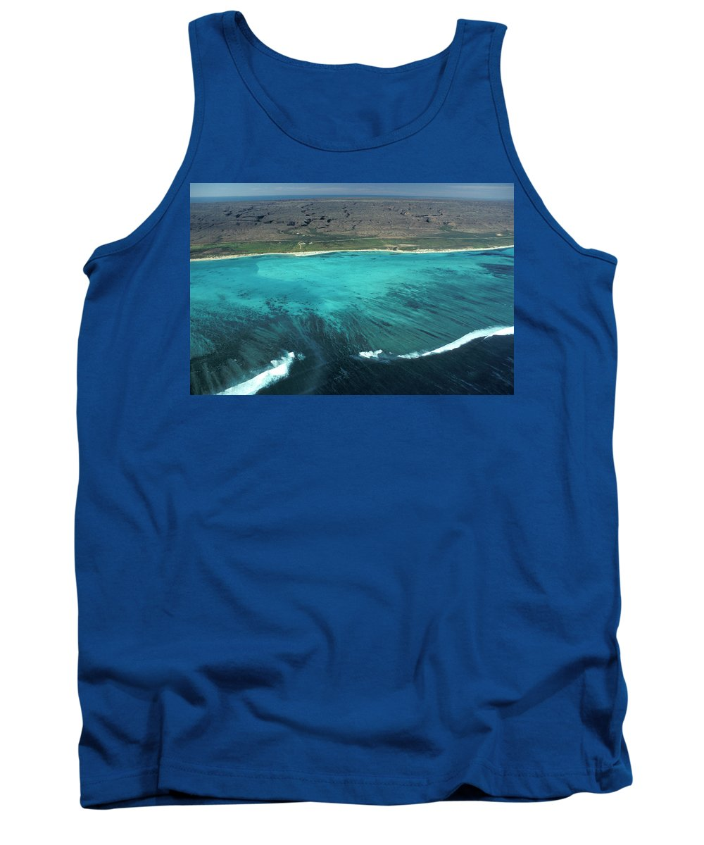 Aerial Tank Top featuring the photograph Aerial Of Ningaloo Reef And Cape Range by Jurgen Freund