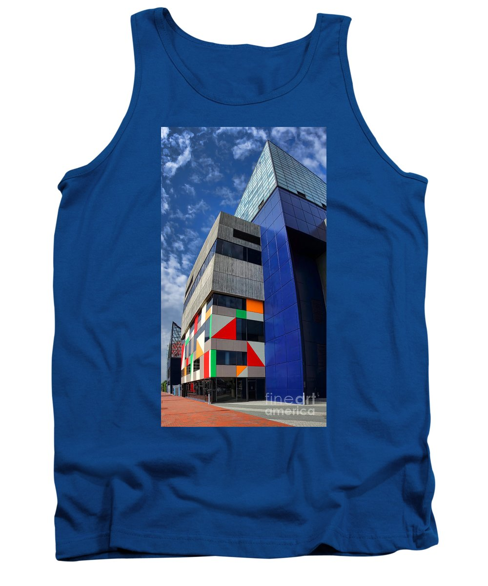 Baltimore Tank Top featuring the photograph Baltimore National Aquarium by Olivier Le Queinec