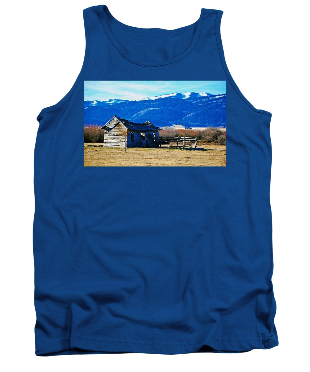 Teton Valley Tank Top featuring the photograph Abandoned Summer Home by Eric Tressler
