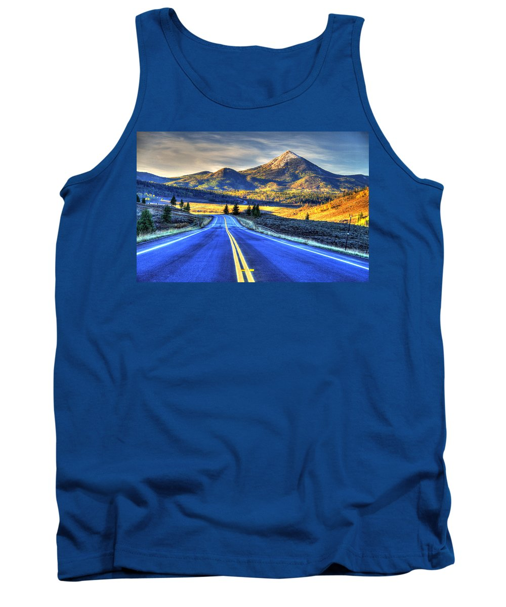 Landscape Tank Top featuring the photograph Big Sky by Scott Mahon