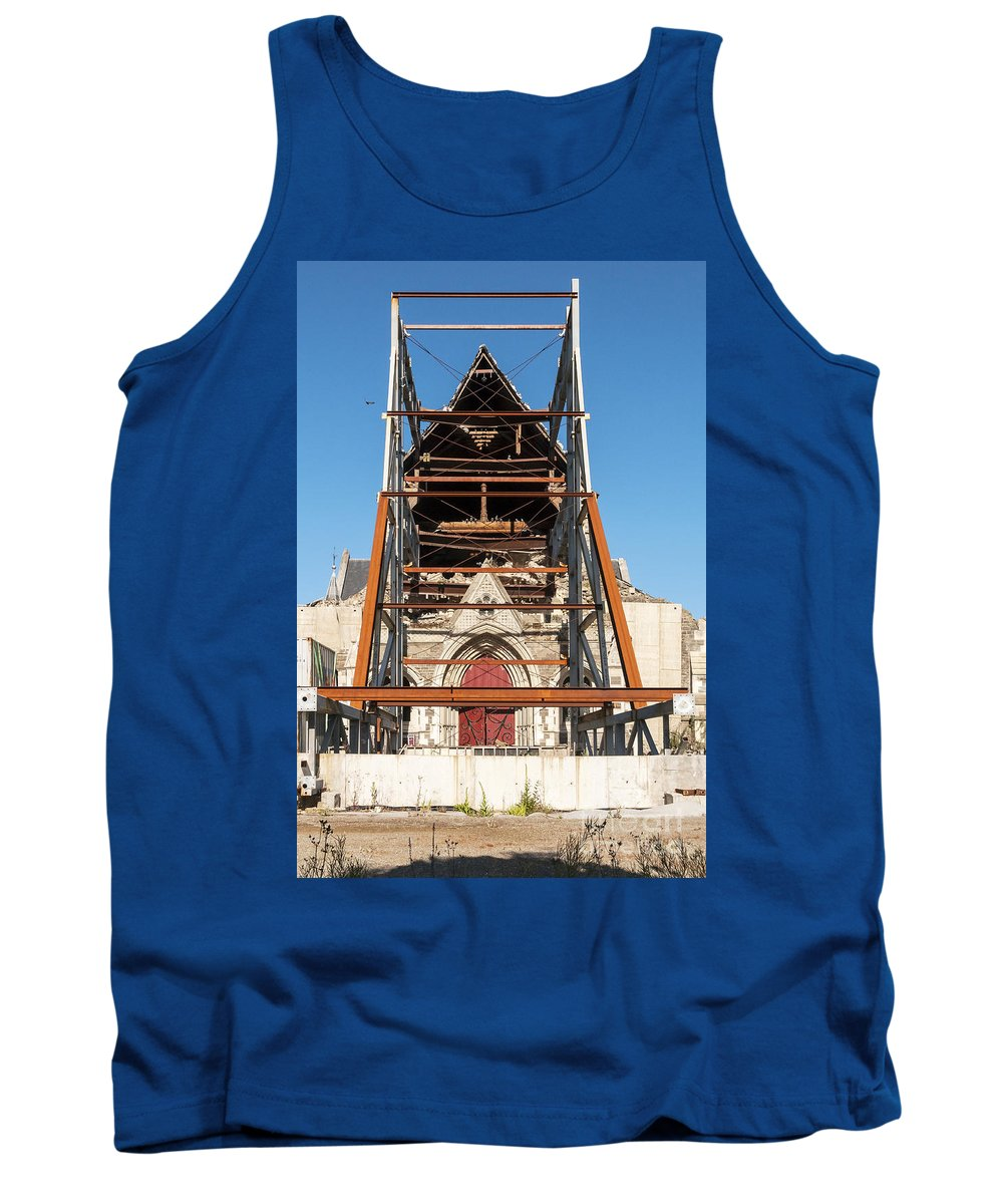 Christchurch New Zealand Cathedral Windows Place Places Of Worship Church Churches Cathedrals Tiled Roof Tile Tiles Building Buildings Structure Structures Architecture George Gilbert Scott Earthquake Damage Tank Top featuring the photograph Christchurch Cathedral by Bob Phillips