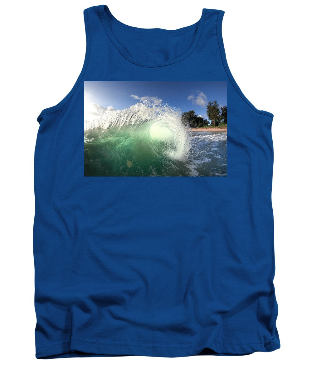 Ocean Energy Tank Top featuring the photograph Emerald Flare by Sean Davey