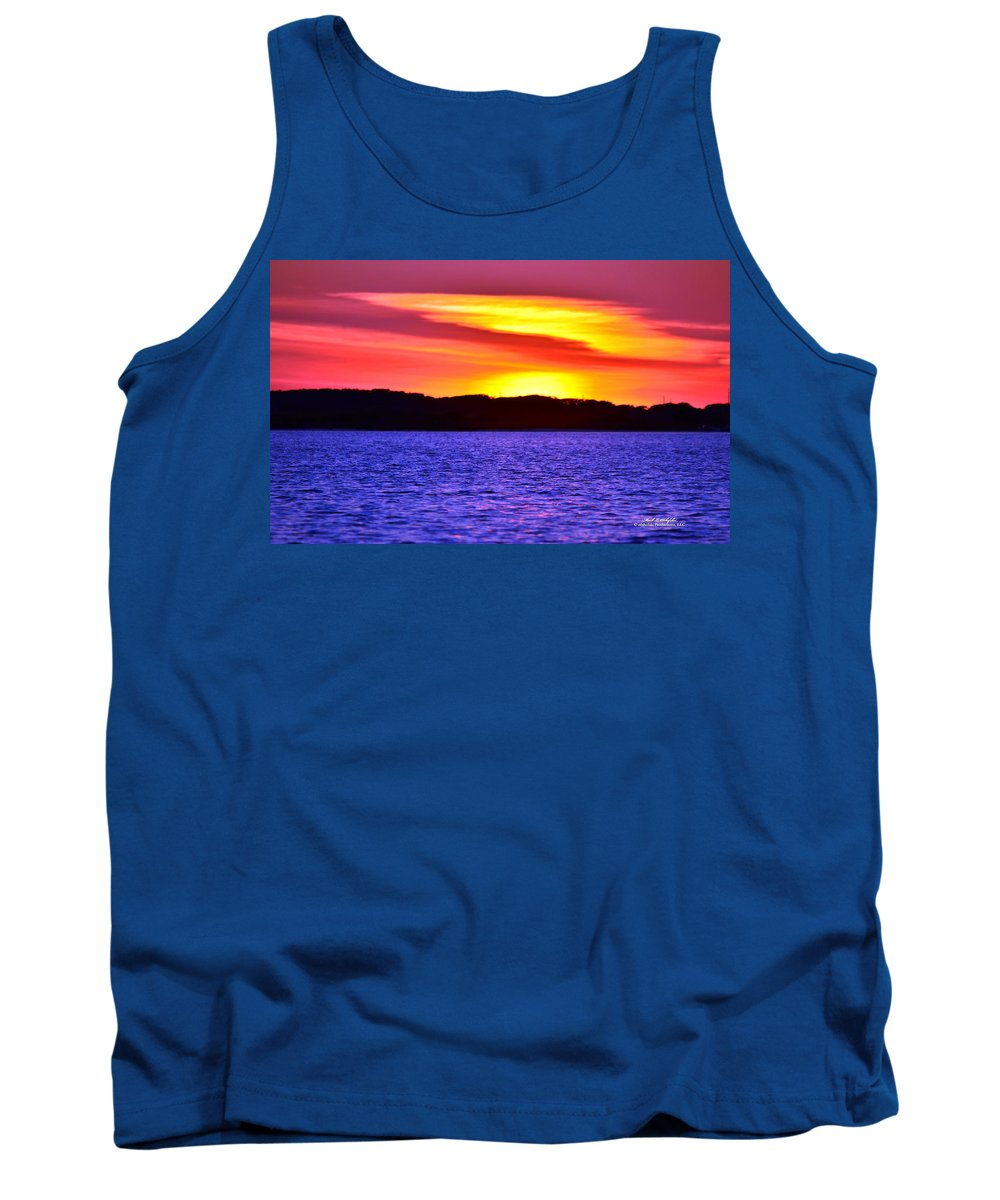 Sunset Tank Top featuring the photograph Expecting A Great Future by Mark Olshefski