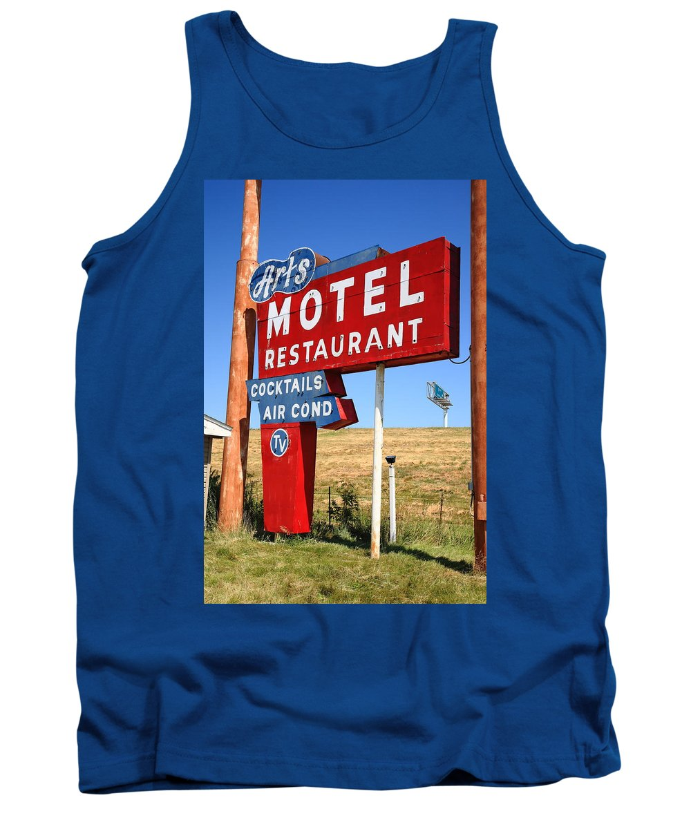 66 Tank Top featuring the photograph Route 66 - Art's Motel by Frank Romeo