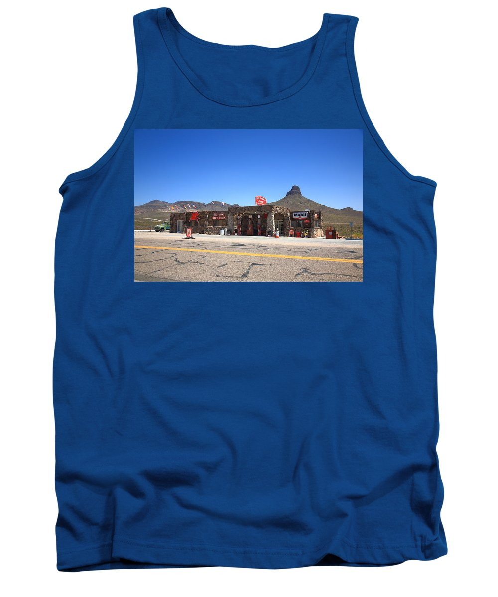 66 Tank Top featuring the photograph Route 66 - Cool Springs Camp by Frank Romeo