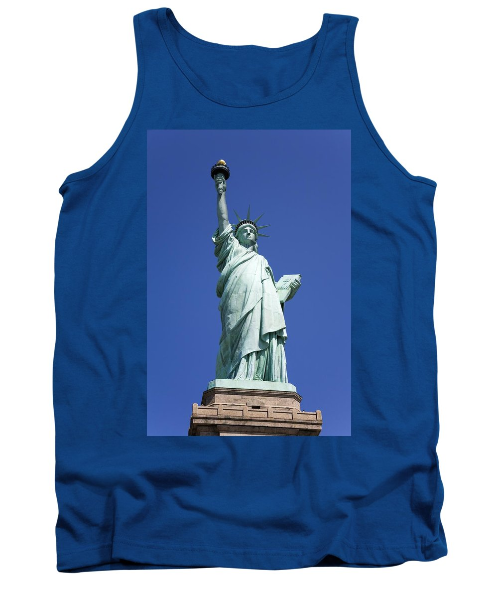 Destinations Tank Top featuring the photograph Statue Of Liberty by Richard Cummins