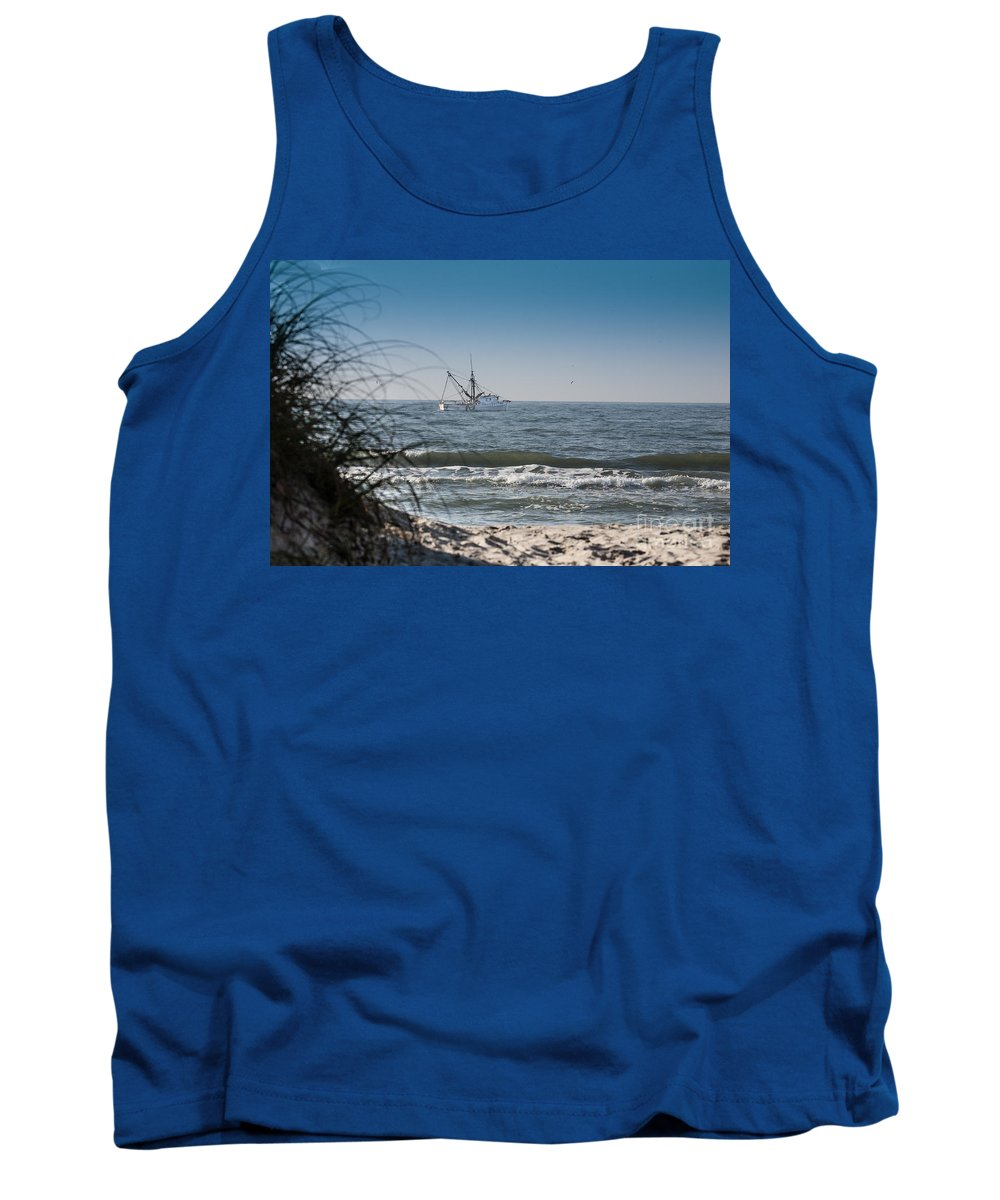 Nature Tank Top featuring the photograph Trawler by Ronald Lutz