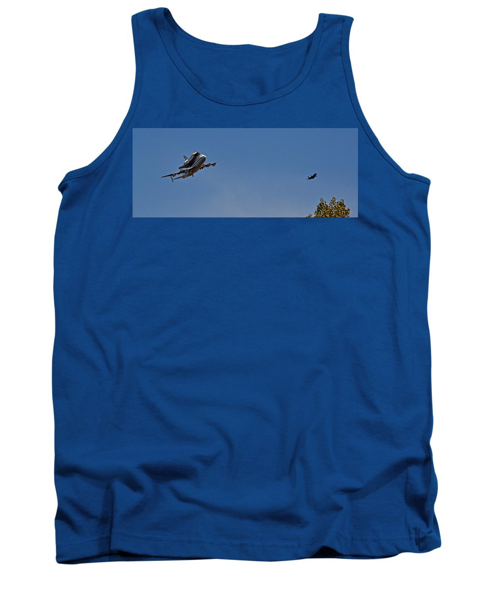 Endeavour Tank Top featuring the photograph Endeavour's Last Flight With Chase Plane by Bill Owen