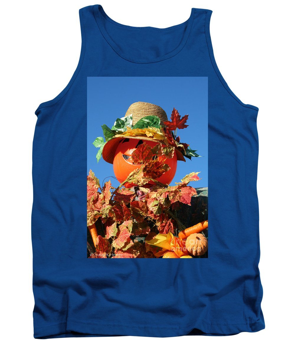 Fall Tank Top featuring the photograph Scarecrow Boa by Susan Herber