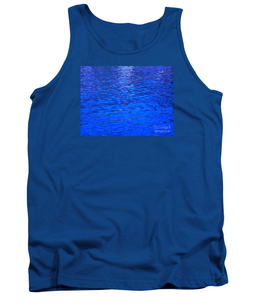 Abstract Tank Top featuring the photograph Seek by Sybil Staples