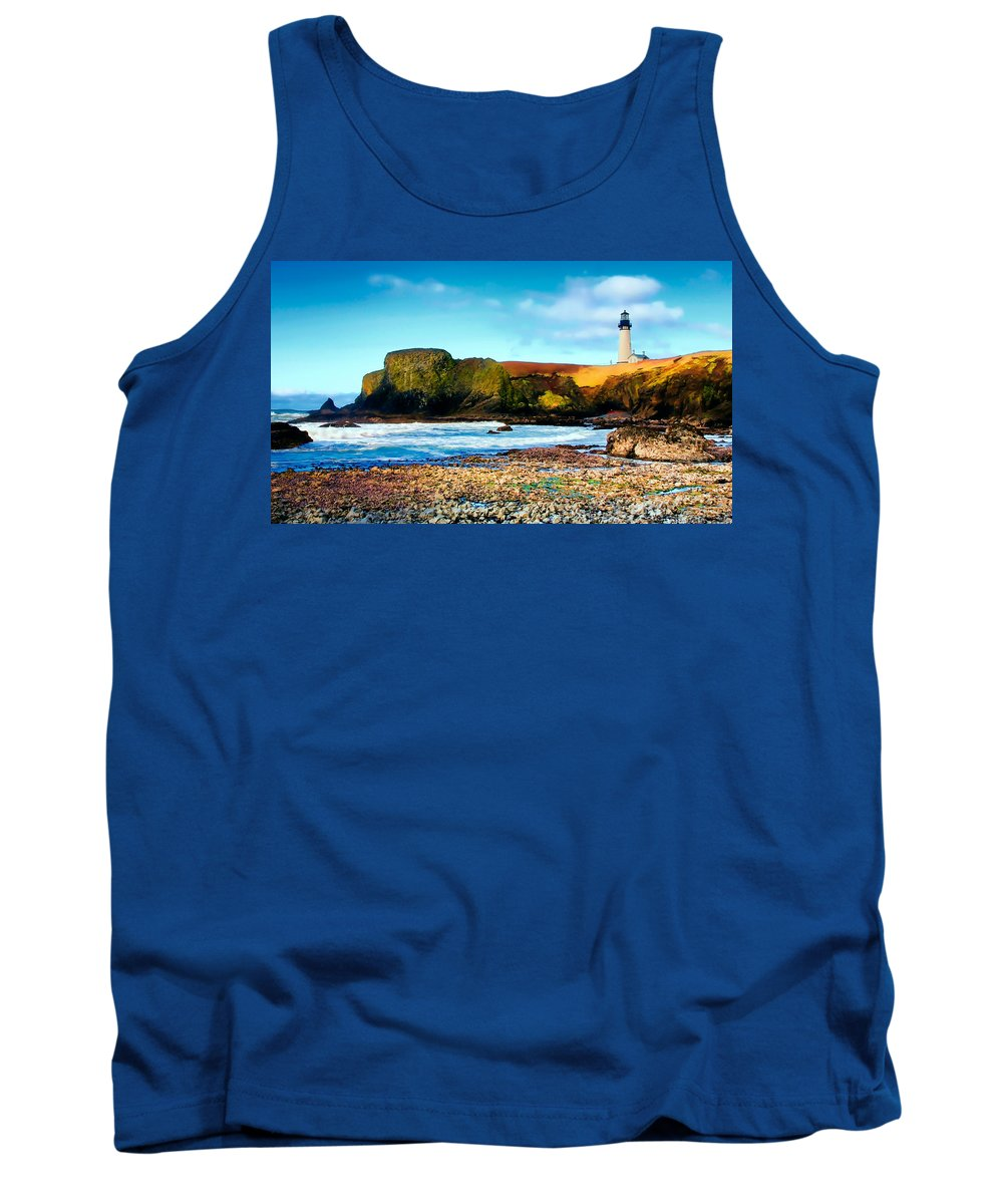Yaquina Bay Lighthouse Tank Top featuring the photograph Yaquina Bay Lighthouse II by Athena Mckinzie