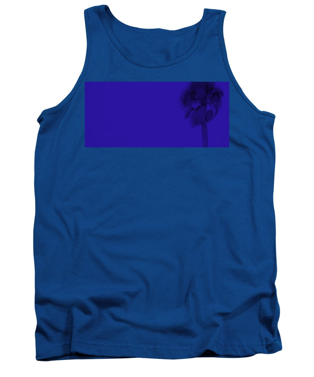 Landscape Tank Top featuring the photograph Blue Palm by Ed Smith