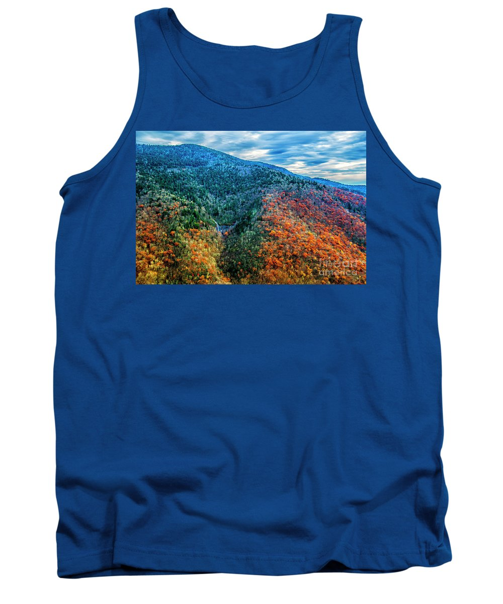 Autumn Leaves Tank Top featuring the photograph Glassmine Overlook by Roberta Bragan