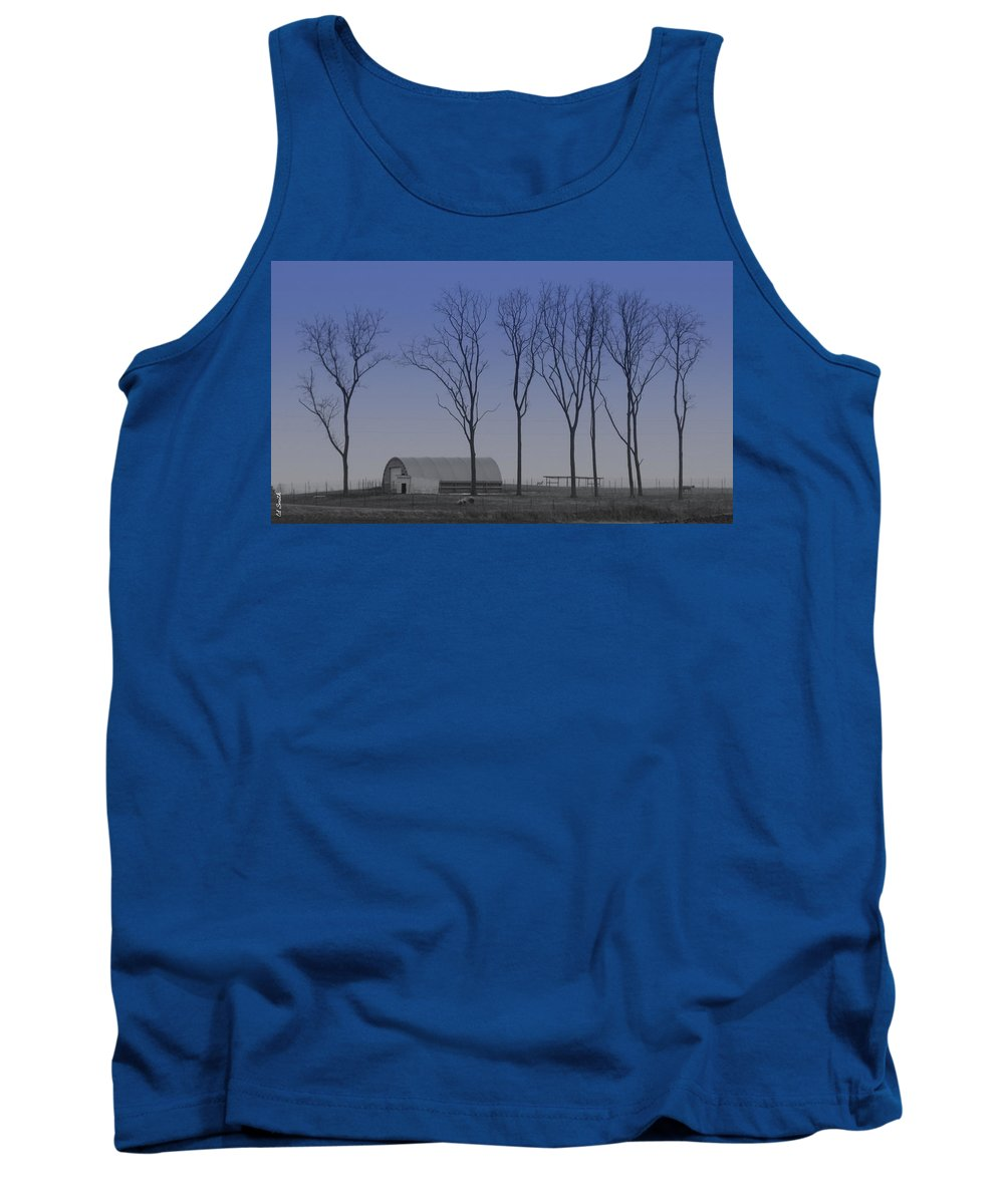Matching Curves Tank Top featuring the photograph Matching Curves by Ed Smith
