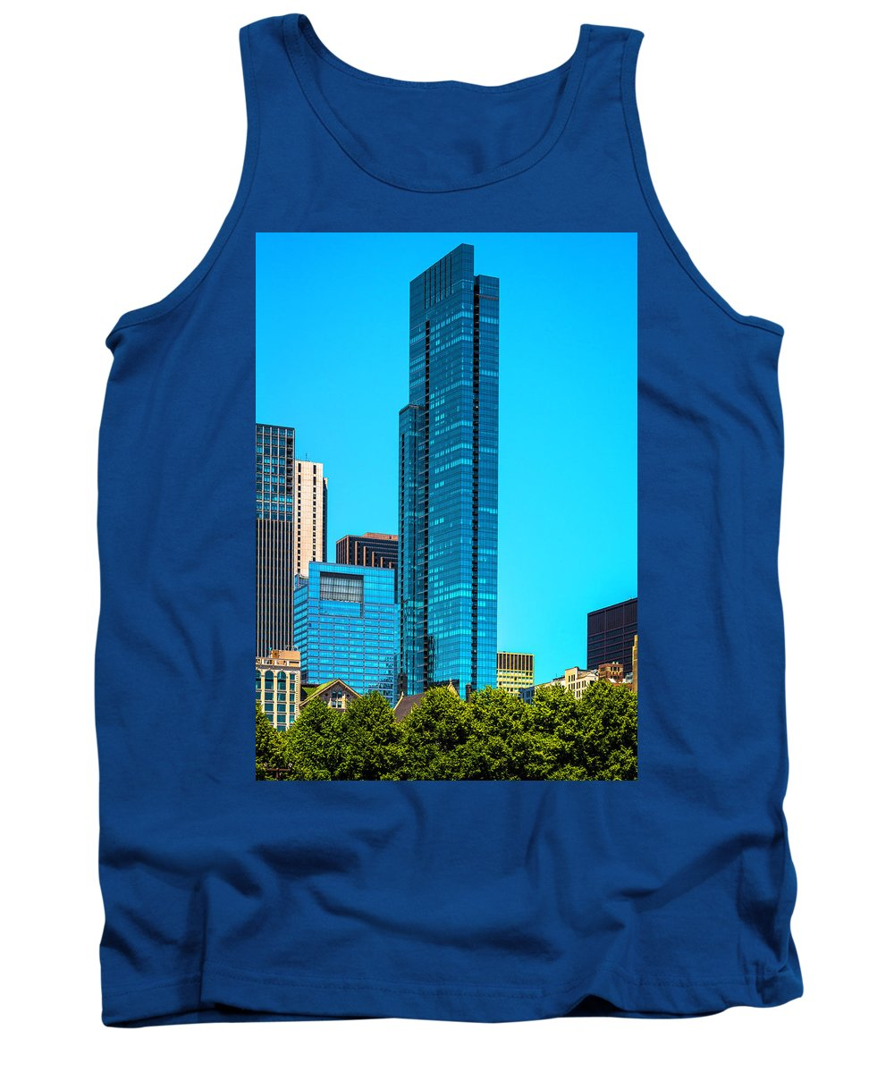 Tank Top featuring the photograph Skyline From Grant Park Dsc2417 by Raymond Kunst