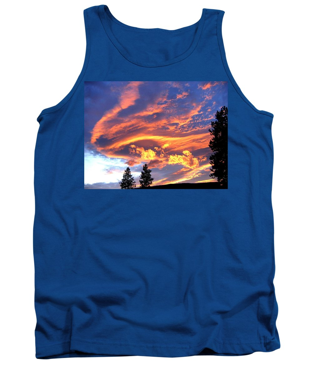Sunset Tank Top featuring the photograph Sunset Extravaganza by Will Borden