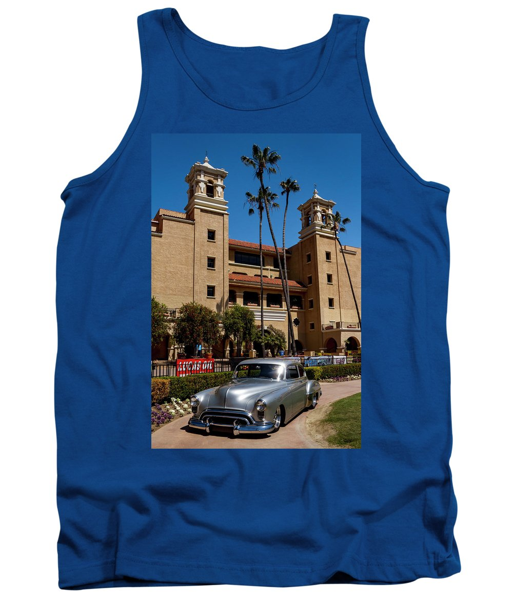 Goodguy's Tank Top featuring the photograph Winners Circle by Guy Shultz