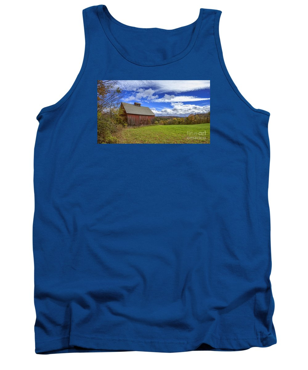 Woodstock. October Tank Top featuring the photograph Woodstock Vermont Old Red Barn In Autunm by Edward Fielding