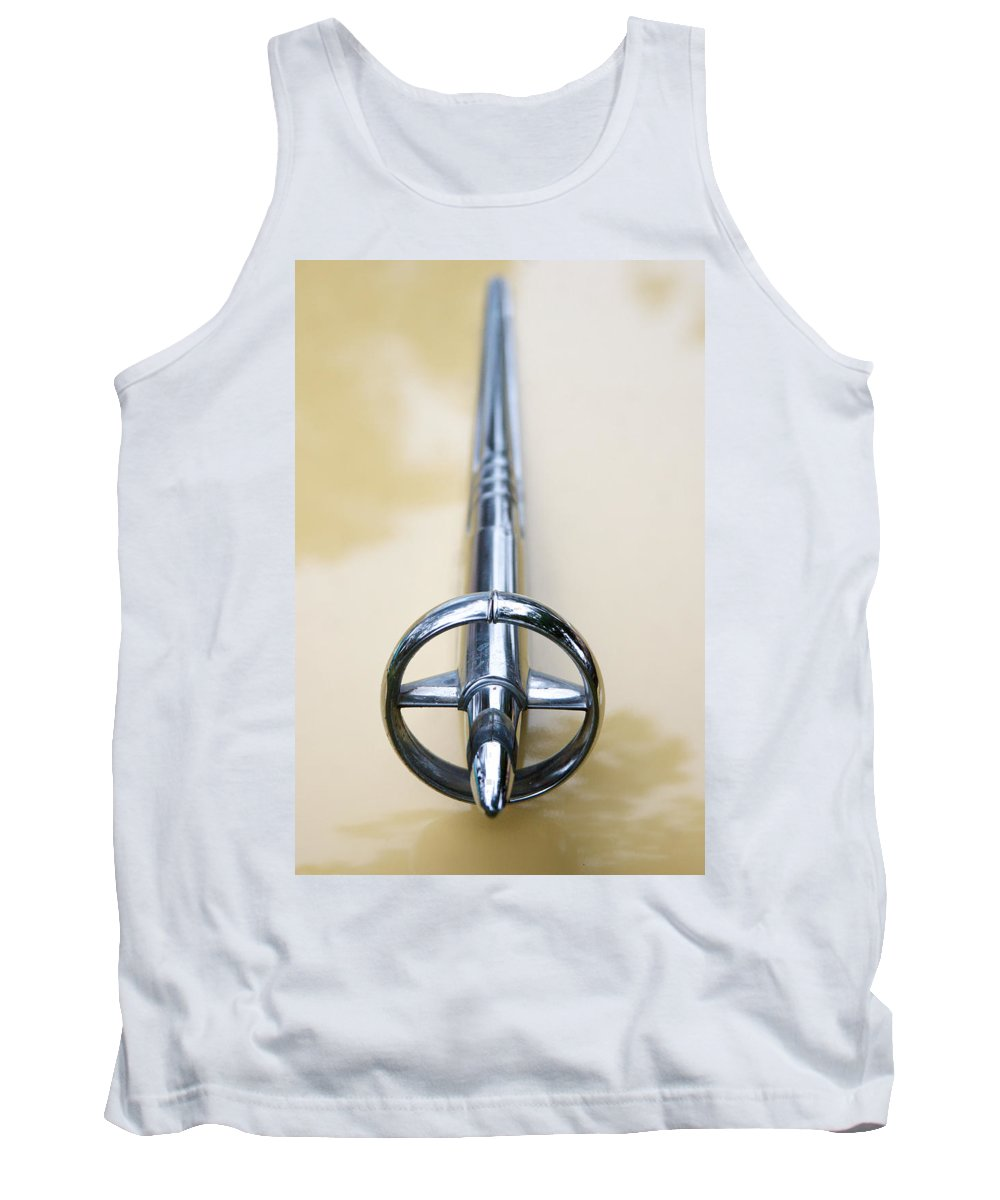 1952 Buick Eight Photographs Tank Top featuring the photograph 1952 Buick Eight Hood Ornament by Brooke Roby