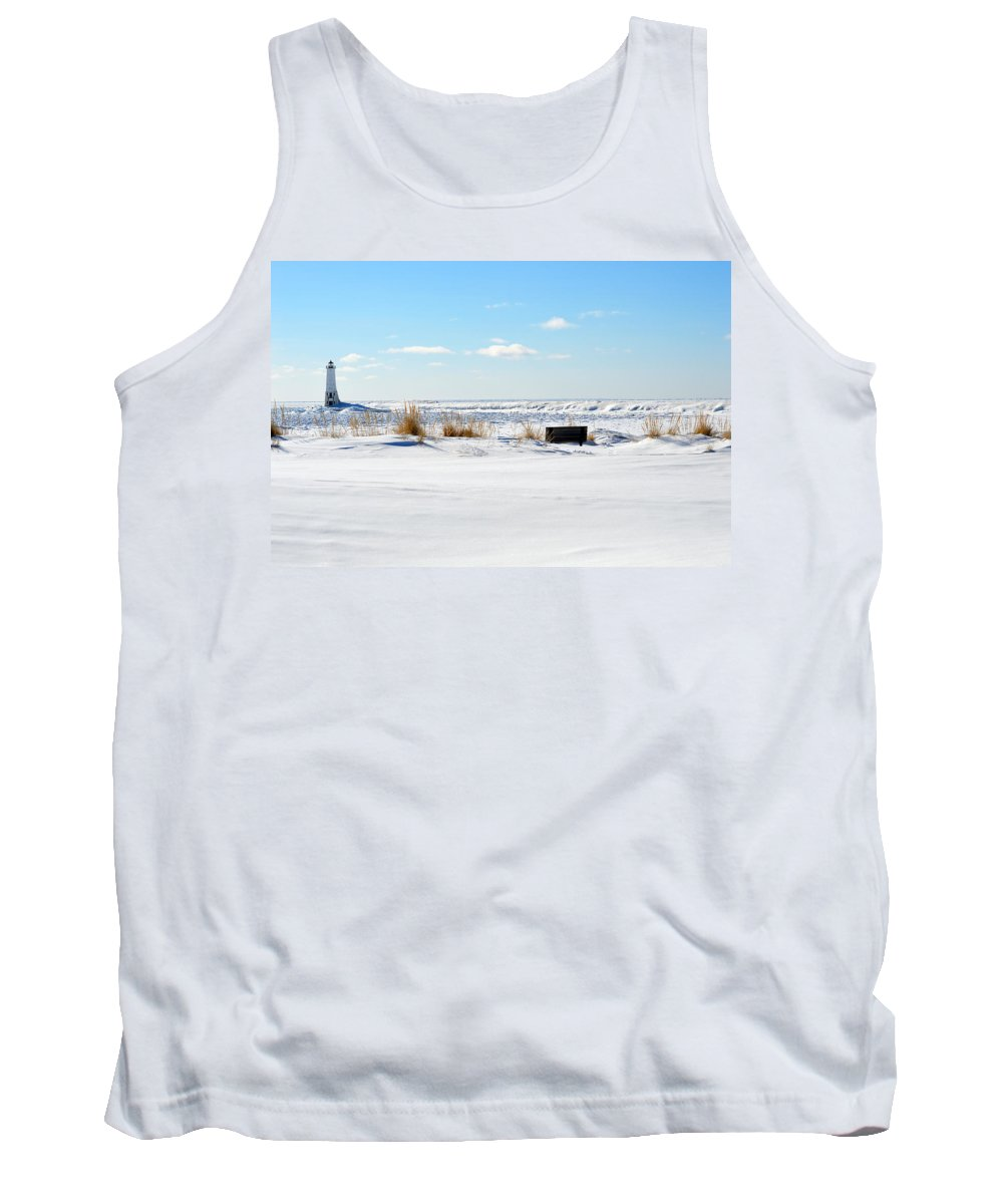 Frankfort Tank Top featuring the photograph Beyond The Beach by Linda Kerkau