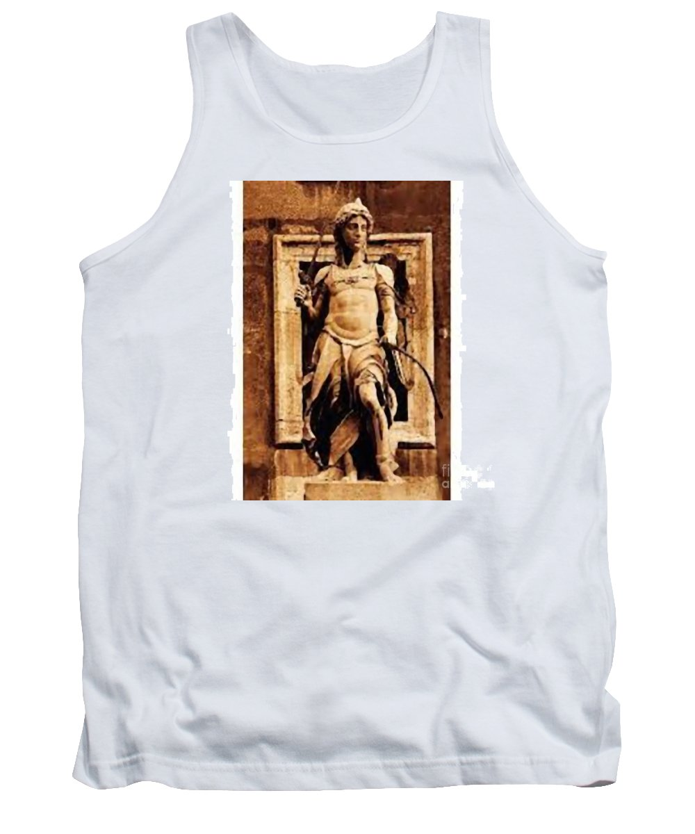 Stua Statue In The Square Tank Top featuring the photograph Statue by Archangelus Gallery