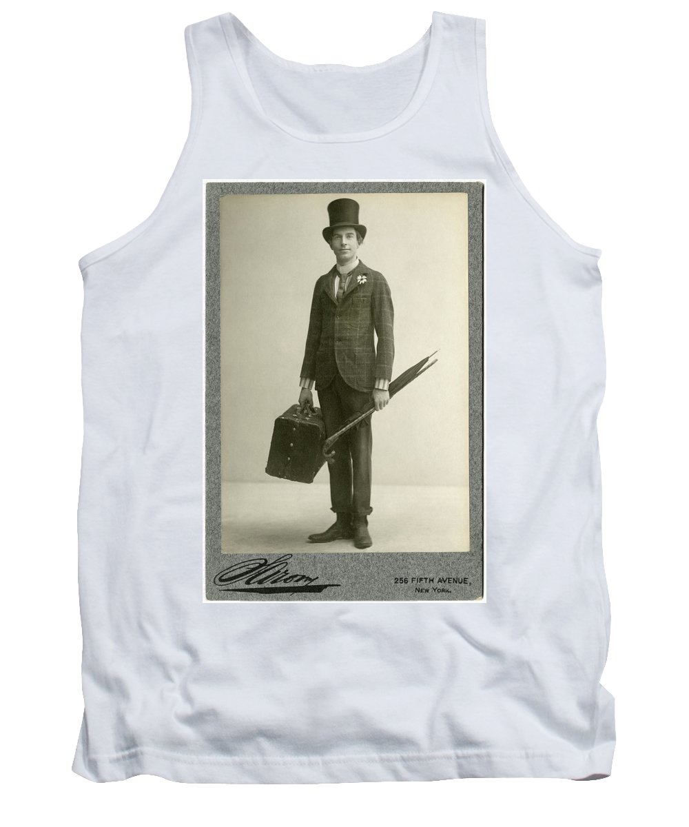 1908 Tank Top featuring the photograph William Hodge (1874-1932) by Granger