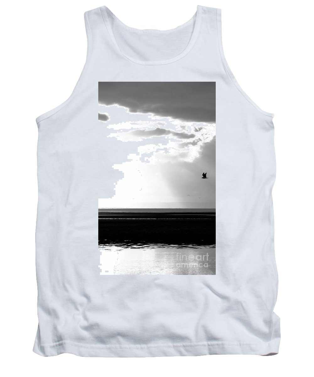 Landscape Tank Top featuring the photograph Another Day by Brian Raggatt