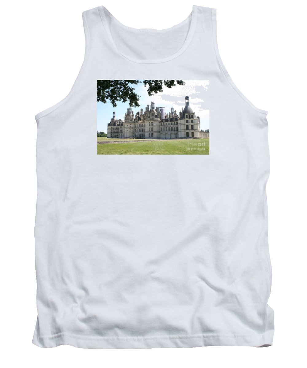 Palace Tank Top featuring the photograph Chateau Chambord - France by Christiane Schulze Art And Photography