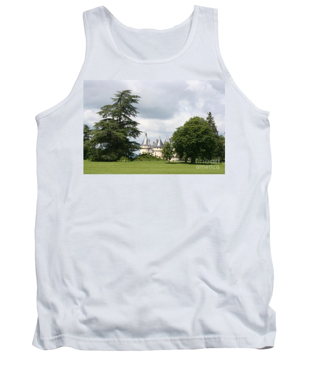Palace Tank Top featuring the photograph Dreamlike - Chateau Chaumont by Christiane Schulze Art And Photography