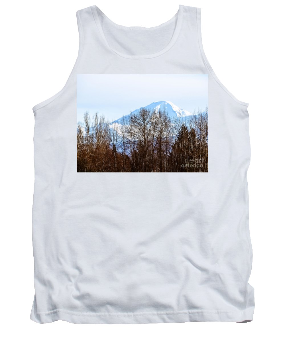 Mountians Tank Top featuring the photograph F2110936 by David Fabian