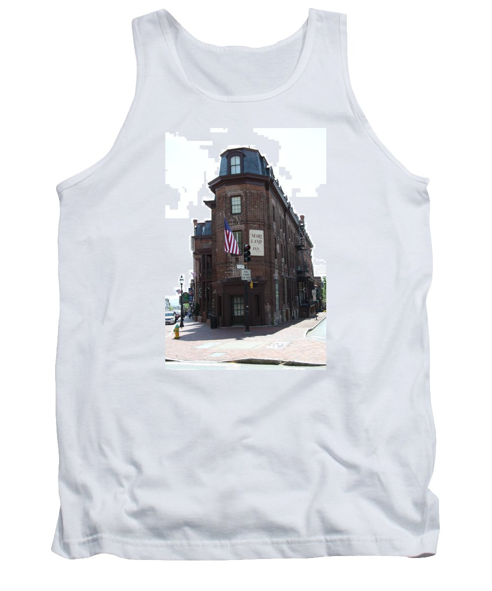 Flat Iron Building Tank Top featuring the photograph Flat Iron Annapolis - Maryland Inn by Christiane Schulze Art And Photography