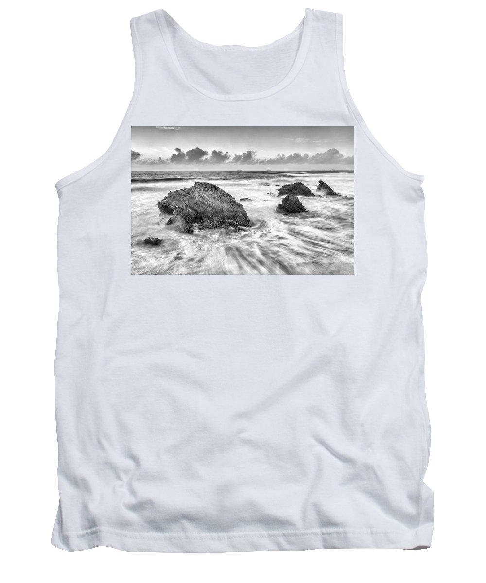Landscape Tank Top featuring the photograph Flow by Jose Bispo