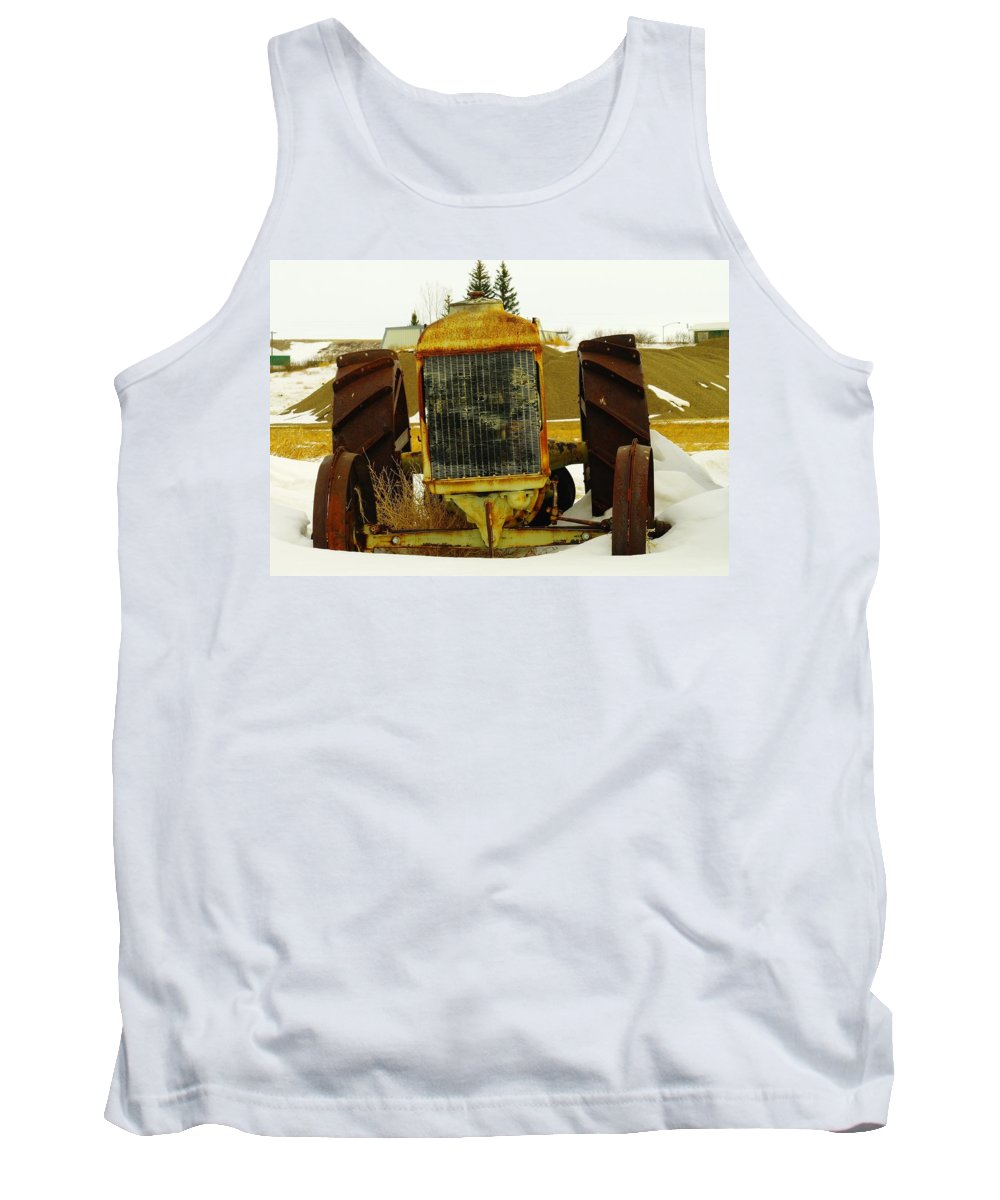 Eastern Montana Tank Top featuring the photograph Fordson Tractor Plentywood Montana by Jeff Swan
